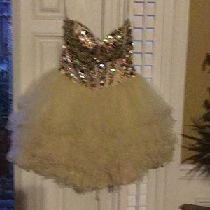 Spring dance, homecoming short beautiful dress